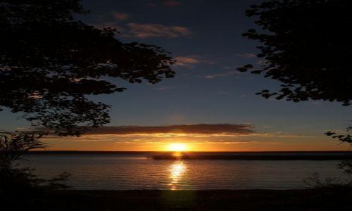 Zdjęcie BIAłORUś / Witebsk / Brasław / O zachodzie słońca nad jeziorem