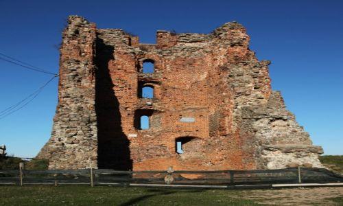 BIAłORUś / Grodno / Nowogródek / Ruiny nowogródzkiego zamku na Górze Zamkowej