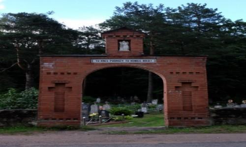 BIAłORUś / Lida / Wawiórka / Brama cmentarza