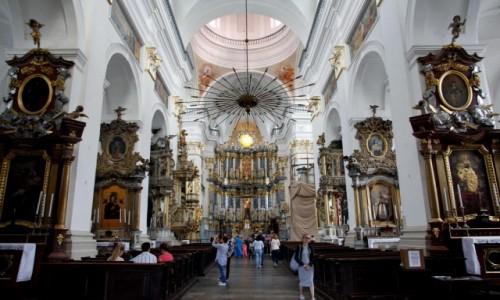 Zdjęcie BIAłORUś / Obwód grodzieński / Grodno / Wnętrze Katedry św. Franciszka Ksawerego w Grodnie