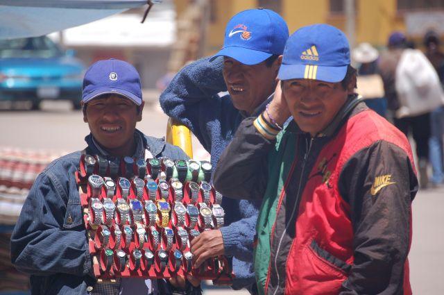 Zdj�cia: Potosi, Sprzedawcy zegark�w, BOLIWIA