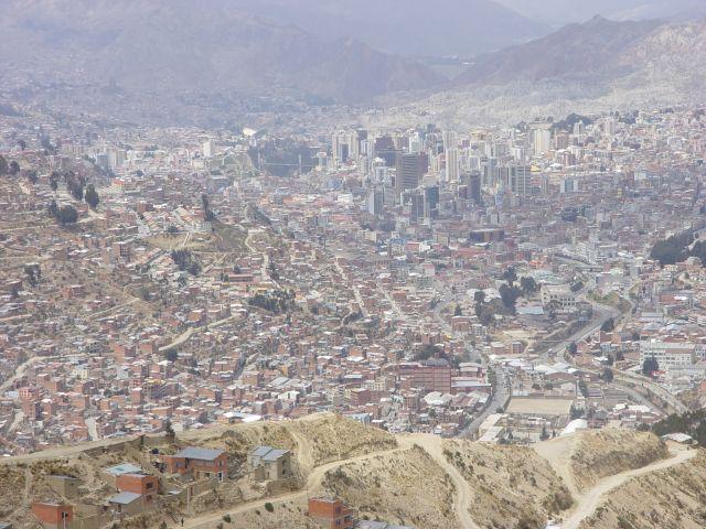 Zdj�cia: La Paz , La Paz, gdzie� wysoko w g�rach, BOLIWIA