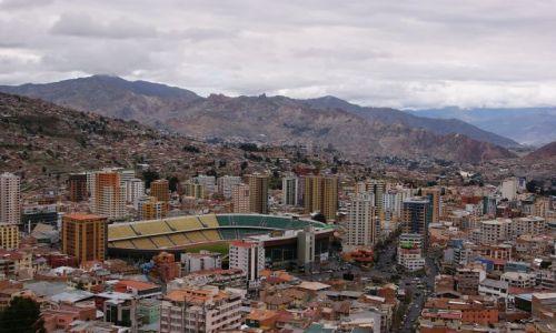 Zdjecie BOLIWIA / Boliwia / La Paz / La Paz , stadion Bolivar.