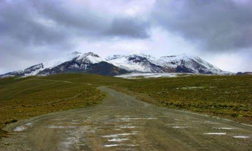 Zdjecie BOLIWIA / La Paz / La Paz / Droga  na  lodowce