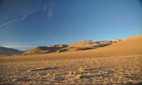 Zdjecie BOLIWIA / Altiplano /  Okolice Uyuni / Altiplano o wschodzie