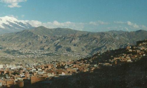 Zdjęcie BOLIWIA / Stolica / La Paz / Miasto i wulkan