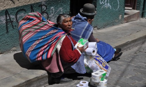 Zdjecie BOLIWIA / La Paz / La Paz / Na ulicy w La P