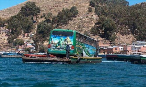 Zdjecie BOLIWIA / Altiplano / Jezioro Titicaca / Przeprawa przez zatokę Titicaci; droga Copacabana - La Paz