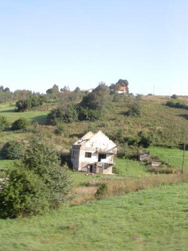 Zdjęcia: Między Sarajewem a Mostarem, Bośnia, Duch Wojny-Bośnia, BOśNIA