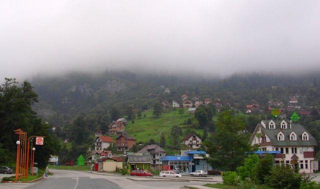 Zdjęcia: W drodze do Sarajewa, Bośnia, Miasteczko, BOśNIA
