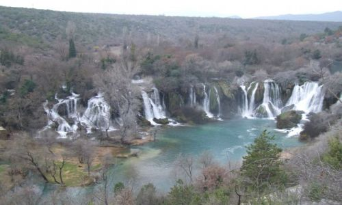 Zdjecie BOśNIA / Medugorje / Kravice / wodospad Kravic
