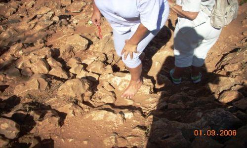 Zdjęcie BOśNIA i HERCEGOWINA / Medjugorie / Wejście na Góre Objawień / Boso i z wiarą