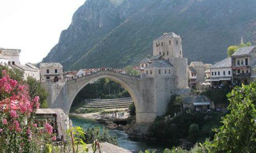 Zdjecie BOśNIA / Bałkany / Mostar / piękno architek