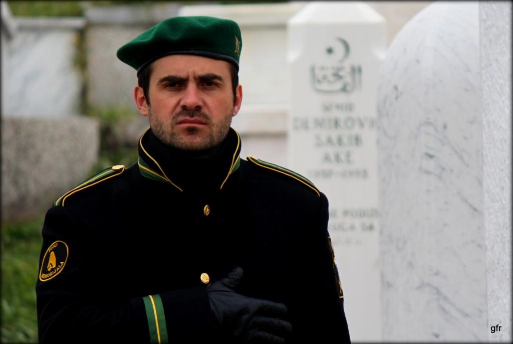 Zdjęcia: Cmentarz sehidzki, Kovacici, Sarajewo, Warta sehida, BOśNIA i HERCEGOWINA