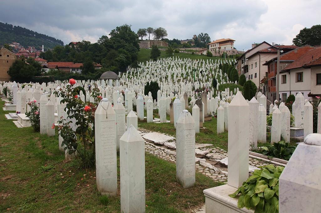 Zdjęcia: Cmentarz,  Sarajewo, Między swymi, BOśNIA i HERCEGOWINA
