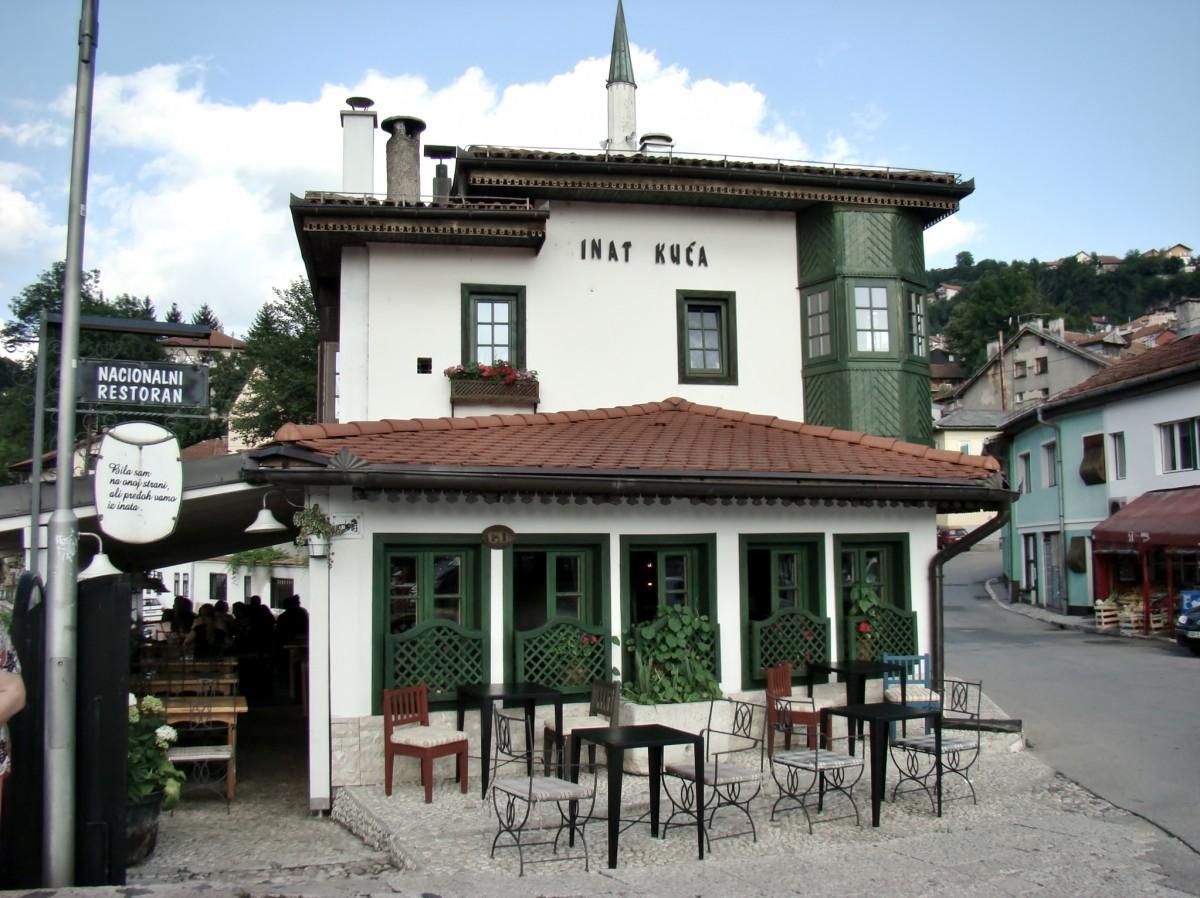 Zdjęcia: Sarajewo, Republika Serbska, Sarajewo-Inat Kuca/przekorny dom/, BOśNIA i HERCEGOWINA