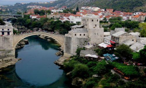 Zdjęcie BOśNIA i HERCEGOWINA / Hercegowina / Mostar, Stary Most / z historią w tle...