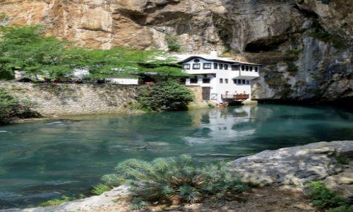 BOśNIA i HERCEGOWINA / Hercegowina / Blagaj, klasztor derwiszów / niedaleko Mostaru...