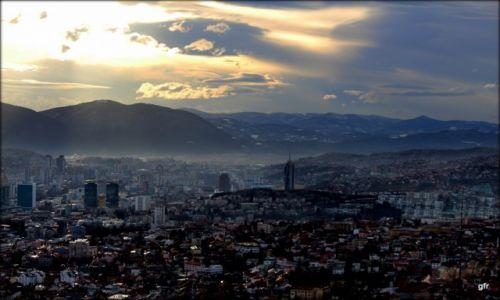 Zdjecie BOśNIA i HERCEGOWINA / Sarajewo / Sarajewo, dzielnica Vratnik / Sarajewo z kawiarni na Zmajevcu