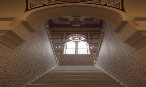 Zdjecie BOśNIA i HERCEGOWINA /  Sarajewo / Vijećnica - Biblioteka Narodowa i Uniwersytecka / Schody
