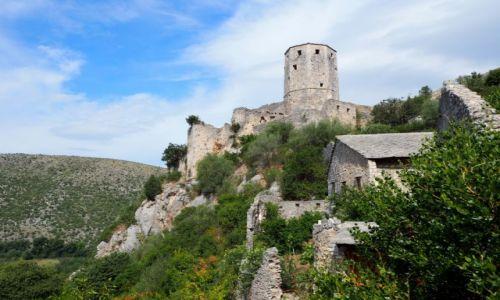 BOśNIA i HARCEGOWINA / Hercegowina / Počitelj, ruiny tureckiej twierdzy / fort Počitelj...