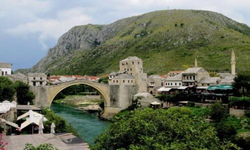 BOśNIA i HERCEGOWINA / Hercegowina / Mostar / fascynuje i zostaje w pamięci...