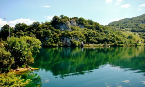 BOśNIA i HARCEGOWINA / centralna Bośnia / Jajce / Wielkie Jezioro Plivskie