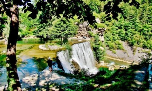 Zdjęcie BOśNIA i HARCEGOWINA / centralna Bośnia / Jajce / Jajce-wodospad na rzece Pliva