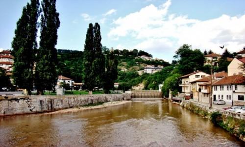 Zdjecie BOśNIA i HARCEGOWINA / Republika Serbska / Sarajewo / Sarajewo-rzeka