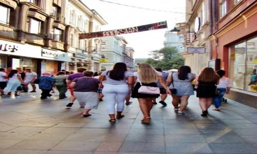 Zdjecie BOśNIA i HARCEGOWINA / Republika Serbska / Sarajewo / Na deptaku w Sa