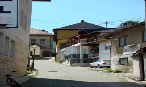 Zdjecie BOśNIA i HARCEGOWINA / centralna Bośnia / Jajce / Uliczka w Jajce