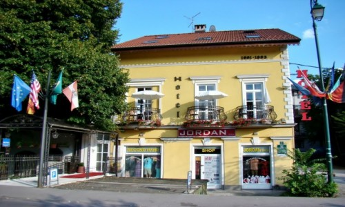 Zdjecie BOśNIA i HARCEGOWINA / Republika Serbska / Sarajewo / Sarajewo-hotelik z XIX wieku