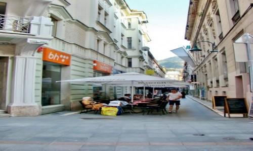 BOśNIA i HARCEGOWINA / Republika Serbska / Sarajewo / Uliczka w Sarajewie