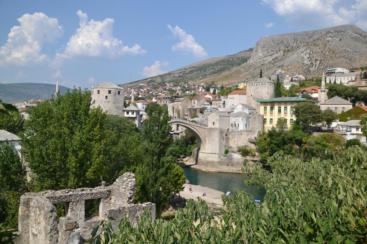 Zdjęcia: Mostar, Widok na most, BOśNIA i HERCEGOWINA