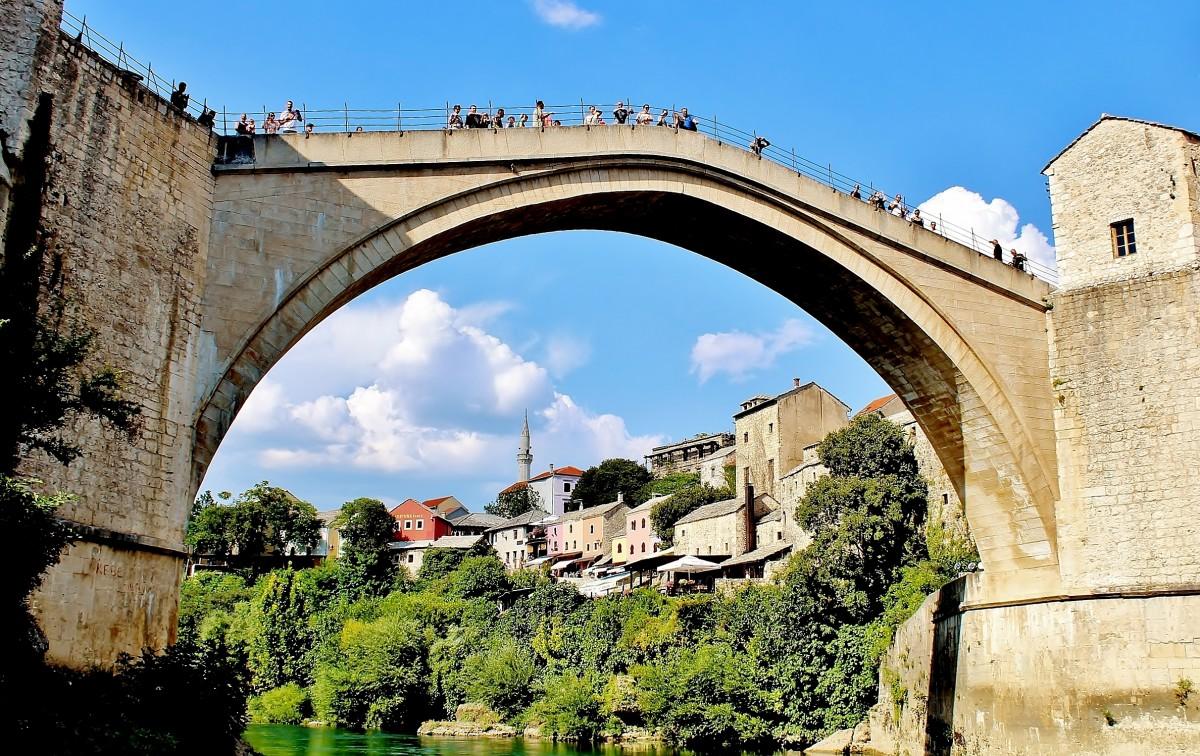 Zdjęcia: Mostar, Hercegowina, Most w Mostarze/z drugiej strony/, BOśNIA i HERCEGOWINA