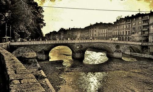 Zdjecie BOśNIA i HERCEGOWINA / Republika Serbska / Sarajewo / Most na rzece Miljacka