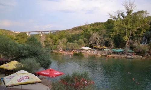 Zdjęcie BOśNIA i HERCEGOWINA / - / wzdłuż rzeki Trebiżat / Wodospady Kravica
