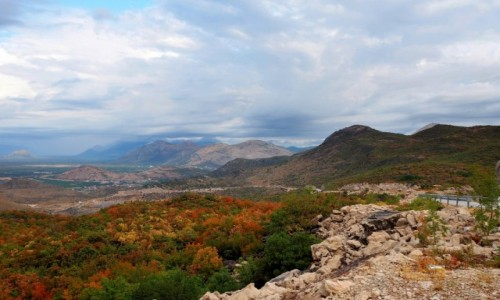 Zdjęcie BOśNIA i HERCEGOWINA / - / trasa Trebinje-Kotor / w drodze do Kotoru...