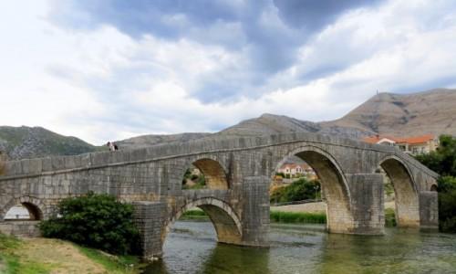 Zdjecie BOśNIA i HERCEGOWINA / Republika Serbska / Trebinje / Arslanagića most...