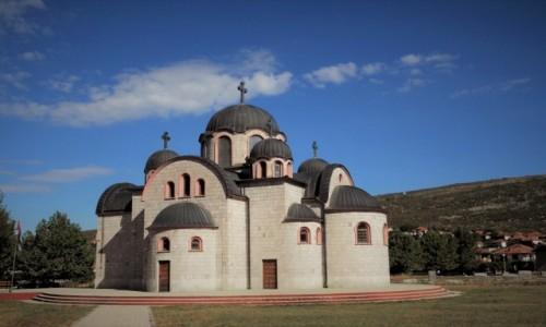 Zdjecie BOśNIA i HERCEGOWINA / - / Saborni hram Rodenja Gospoda Isusa Hrista / w Ljubinje...