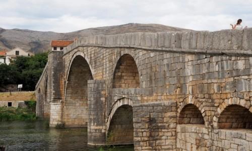 Zdjecie BOśNIA i HERCEGOWINA / Republika Serbska / Arslanagića Most, Trebinje / na moście...