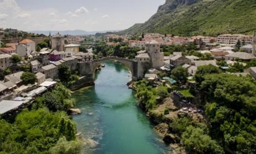 Zdjęcie BOśNIA i HERCEGOWINA / Mostar / Mostar / Dwa światy