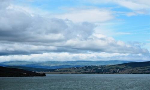 Zdjecie BOśNIA i HERCEGOWINA / - / Livno, Jezioro Buško / chmury gęstnieją...