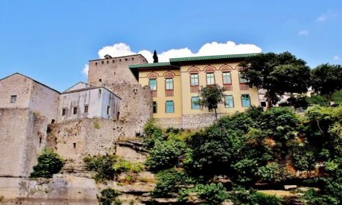 Zdjecie BOśNIA i HERCEGOWINA / Hercegowina / Mostar / Szkoła koraniczna