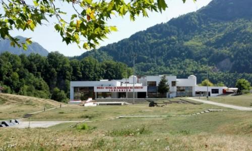 Zdjecie BOśNIA i HERCEGOWINA / Hercegowina-Neretwa / Jablanica / Muzeum poświęcone Bitwie nad Neretwą