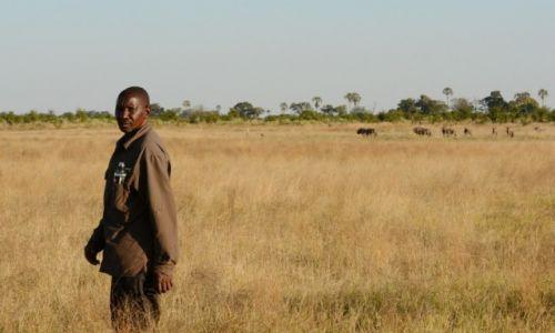 Zdjęcie BOTSWANA / - / Delta Okawango / John z delty Okawango