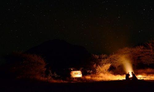 Zdjęcie BOTSWANA / - / Wzgórza Tsodilo / Noc na pustyni Kalahari