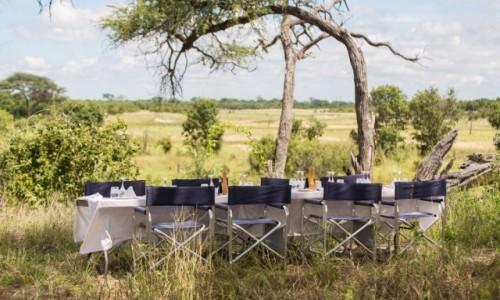 BOTSWANA / Okavango Delta / Savute / Lunch w buszu
