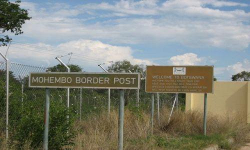 Zdjecie BOTSWANA / MOHEMBO / przejście graniczne / może i welcome, ale ja właśnie wyjeżdżam...