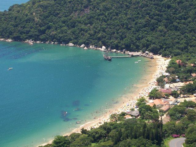 Zdjęcia: Plaża Laranjeiras, Stan Santa Catarina, Balneario Camborio, BRAZYLIA